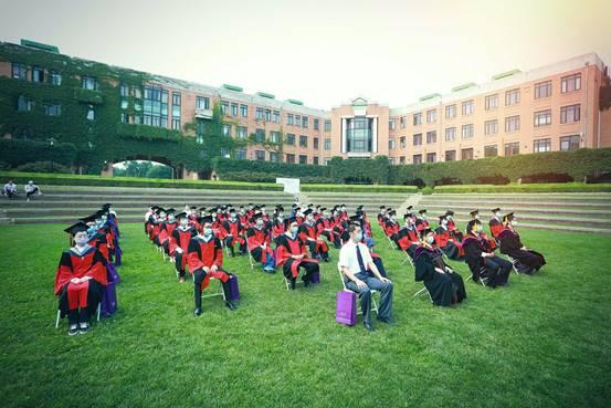 机械工程建校105周年校友招待音乐会举行